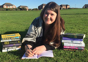 lyndsay-cambridge-ya-writer